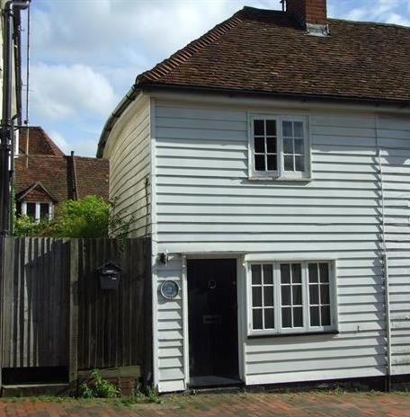 snug-cottage